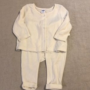 Old Navy off-white 2-piece knit outfit